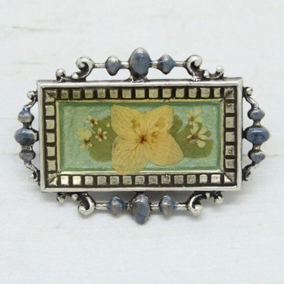 Beautiful Pierre Bex Ornate Frame Floral Petite Bar Brooch Pin