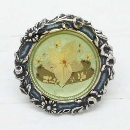 Beautiful Pierre Bex French Vintage Ornate Dried Flowers Brooch Pin