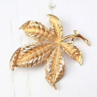 1970s Vintage Gold Plated Chestnut Leaf Sarah Coventry Brooch Pin