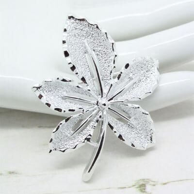 1960s Sarah Coventry Silver Ivy Leaf Brooch Pin