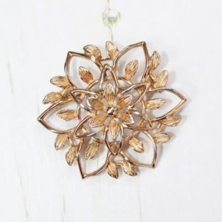 1960s Peta Lure Floral Gold Openwork Flower Brooch by Sarah Coventry