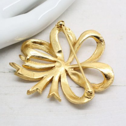 1960s Crown Trifari Gold Plated Bow Brooch