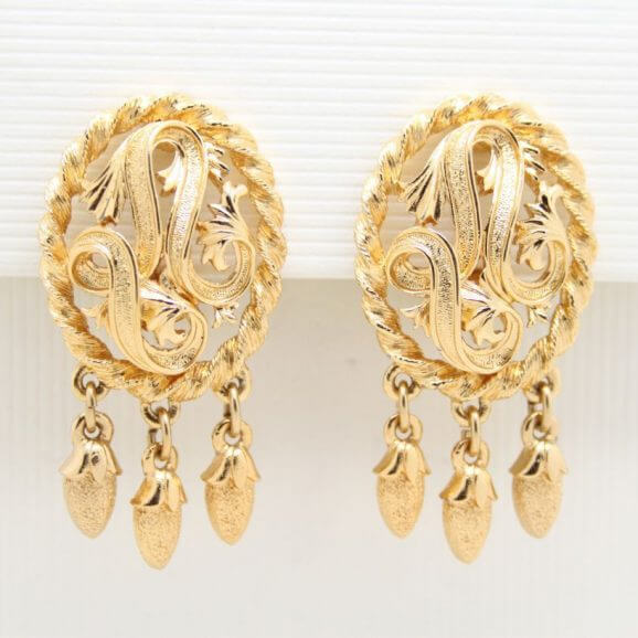 Vintage Monet Goldtone Ornate Scrolls Drop Clip On Earrings