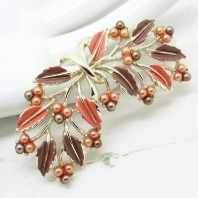 Vintage Signed Jewelcraft Enamel Floral Brooch
