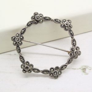 Vintage Sterling Silver Marcasite Flower Circle Brooch