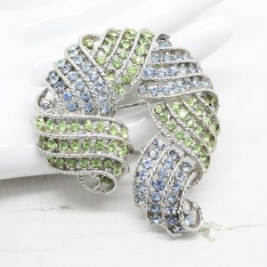 1960s Weiss Aqua Blue and Fresh Green Crystal Rhinestone Brooch