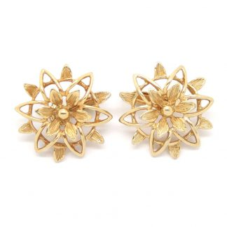 1960s Peta Lure Floral Gold Openwork Flower Clip On Earrings by Sarah Coventry