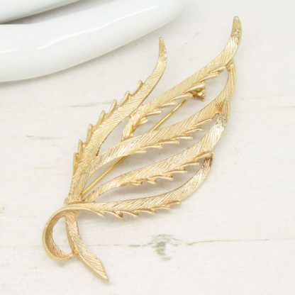 1960s Tailored Elegance Sarah Coventry Brooch
