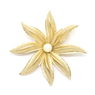 Vintage Signed Sarah Coventry Faux Pearl Flower Brooch